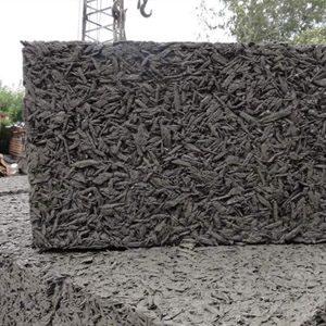 Арболитовые блоки из смеси опилок и цемента