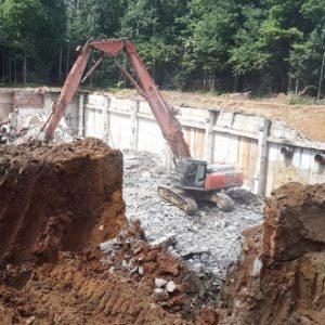 Как демонтируется фундамент?