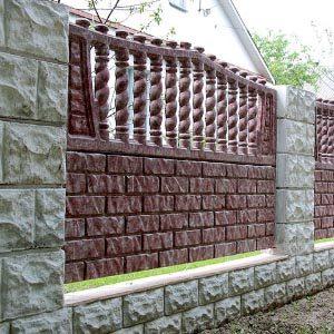 Обзор декоративных заборов из бетона