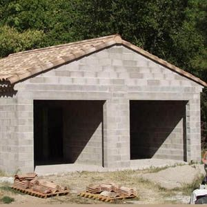 Как построить гараж из газобетонных блоков? Руководство по шагам