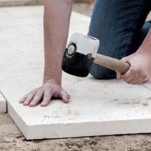 Руководство по укладке тротуарной плитки на бетонную поверхность
