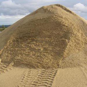 Что такое показатель плотности строительного песка в кг/м3?