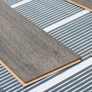 Как уложить электрический теплый пол на бетон под ламинат?